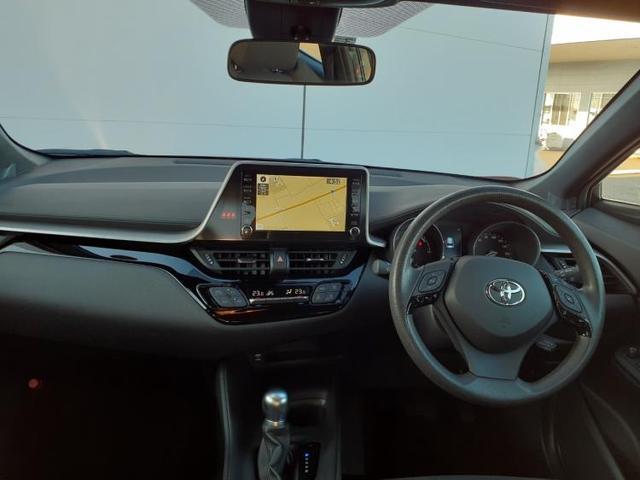S 純正 HDDナビ/車線逸脱防止支援システム/ヘッドランプ HID/ETC/EBD付ABS/横滑り防止装置/アイドリングストップ/エアバッグ 運転席/エアバッグ 助手席/エアバッグ サイド バックカメラ(4枚目)
