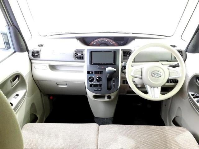 L EBD付ABS/アイドリングストップ/エアバッグ 運転席/エアバッグ 助手席/パワーウインドウ/パワーステアリング/FF/マニュアルエアコン/定期点検記録簿 禁煙車 DVD再生 Bluetooth(4枚目)