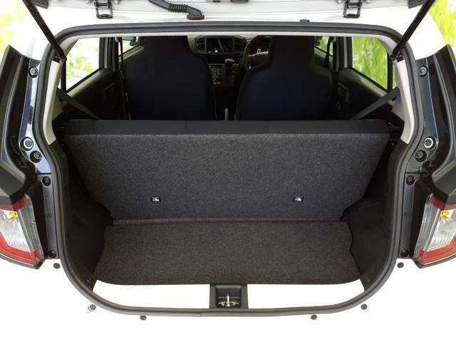 L SA3 コーナーセンサー/オートハイビーム/エコアイドル/キーレス/車線逸脱防止支援システム/パーキングアシスト バックガイド/EBD付ABS/横滑り防止装置/アイドリングストップ 禁煙車(8枚目)