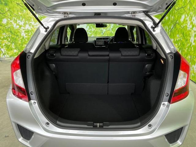 13G・Lパッケージ 純正 7インチ ナビ/ヘッドランプ LED/ETC/EBD付ABS/横滑り防止装置/アイドリングストップ/TV/エアバッグ 運転席/エアバッグ 助手席/アルミホイール/パワーウインドウ バックカメラ(8枚目)