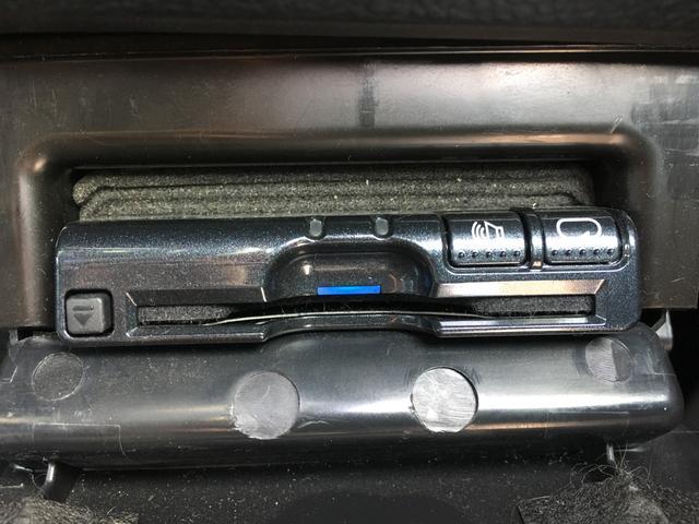リミテッド 1オナ 純正8インチナビ 地デジ Bカメサンルーフ 革シート シートヒーター アイサイト レーンキープ クルーズコントロール STIエアロ パワーシート ETC  パドルシフト(15枚目)