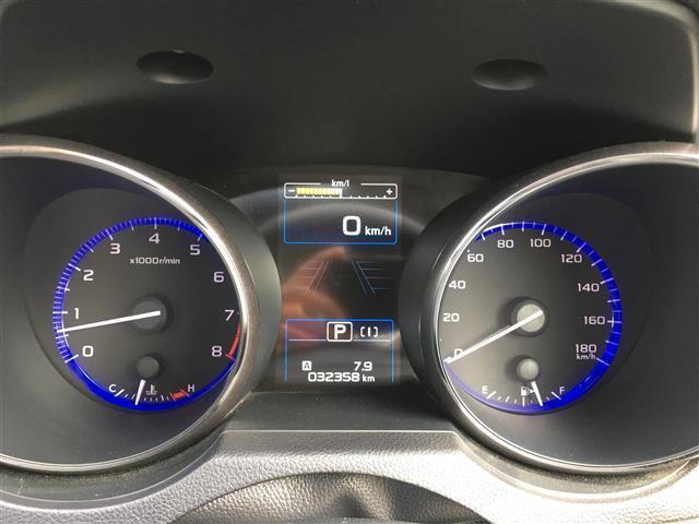 リミテッド 1オナ 純正8インチナビ 地デジ Bカメサンルーフ 革シート シートヒーター アイサイト レーンキープ クルーズコントロール STIエアロ パワーシート ETC  パドルシフト(17枚目)
