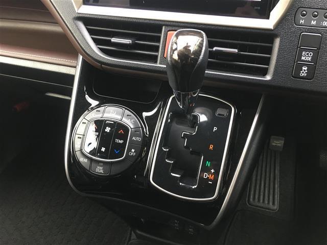 Gi ALPINE10型ナビ/12.8型フリップダウンモニターTV/CD/DVD/BT/Bカメ/両側パワ/クルコン/本革/シートヒーター/コーナーセンサ/LEDヘッドライト/フォグライト/純正15インチAW(10枚目)