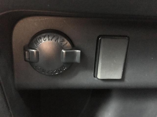 Gi ALPINE10型ナビ/12.8型フリップダウンモニターTV/CD/DVD/BT/Bカメ/両側パワ/クルコン/本革/シートヒーター/コーナーセンサ/LEDヘッドライト/フォグライト/純正15インチAW(31枚目)
