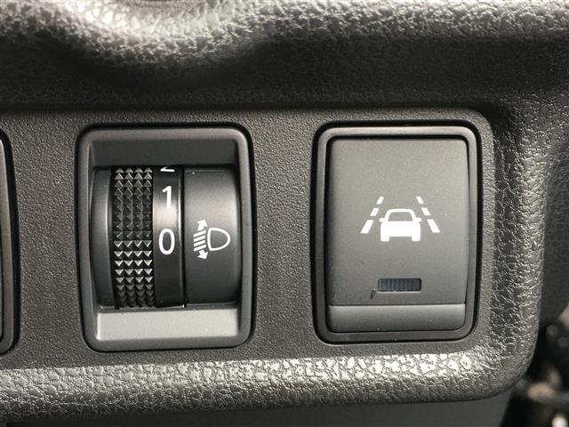 e-パワー X 社外SDナビ/FM/AM/Bluetooth/CD/DVD/SD/USB/iPod/ワンセグTV/バックカメラ/衝突被害軽減ブレーキ/車両接近通報システム/オートライト/ETC/ラバーマット(15枚目)
