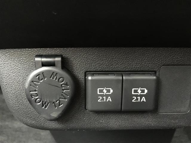 X SAIII ブレーキサポート オートハイビーム LEDヘッドライト アイドリングストップ スマートキー プッシュスタート コーナーセンサー フロントライトレベライザー 電動格納ミラー サイドウインカー(6枚目)