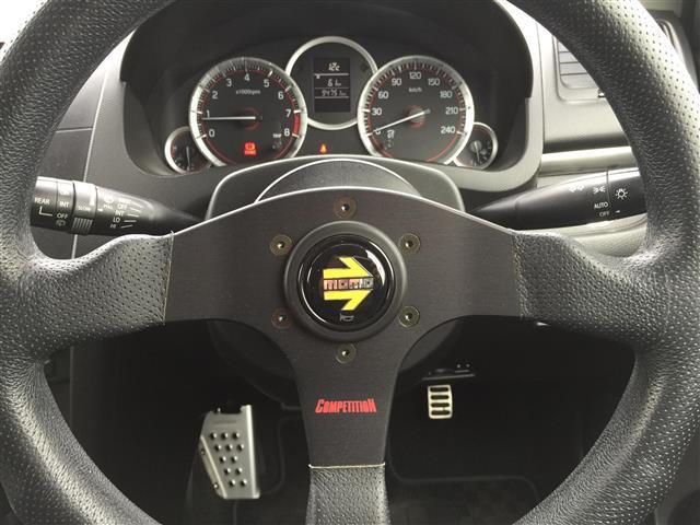 スポーツ GReddyマフラー KYBサスペンション momoステアリング HIDヘッドライト GPSレーダーA320 ビルドインETC 社外オーディオ スマートキー 純正フロアマット(7枚目)
