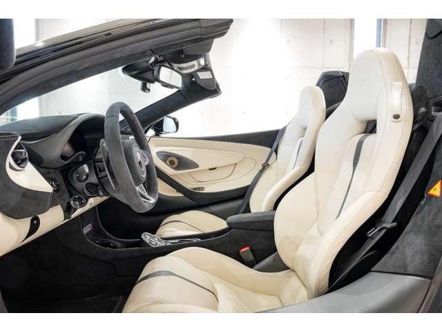 「マクラーレン」「マクラーレン 570Sスパイダー」「オープンカー」「千葉県」の中古車13