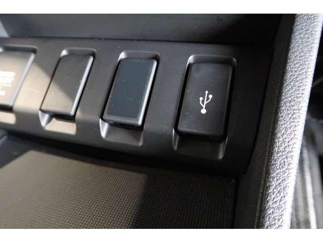 ハイブリッドRS・ホンダセンシング Honda認定中古車2年保証付 衝突被害軽減ブレーキ アダプティブクルーズ ドライブレコーダー メモリーナビ Bカメラ フルセグTV ブルートゥース LEDヘッドライト スマートキー シートヒーター(14枚目)