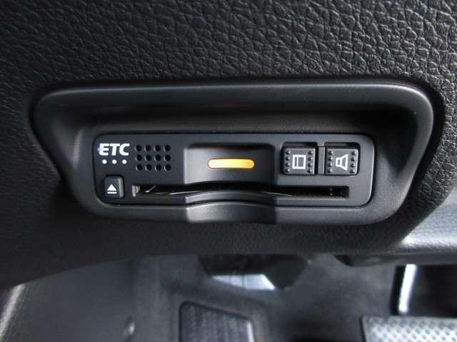 X・ホンダセンシング 2年保証付 衝突被害軽減ブレーキ アダプティブクルーズコントロール サイド&カーテンエアバッグ 前後ドラレコ メモリーナビ Bカメラ フルセグTV ETC LEDヘッドライト 純正AW シートヒーター(14枚目)