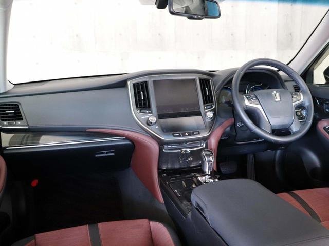運転席はもちろん、助手席から見ても大変きれいな状態です。
