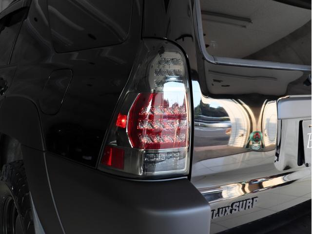 SSR-X サンルーフ 4WD BRERAオリジナルカスタム 新品ホワイトレターオールテレーンタイヤ 新品インナーブラックイカリングライト&LEDテール マットブラック塗り分けペイント HDDナビ ETC(14枚目)