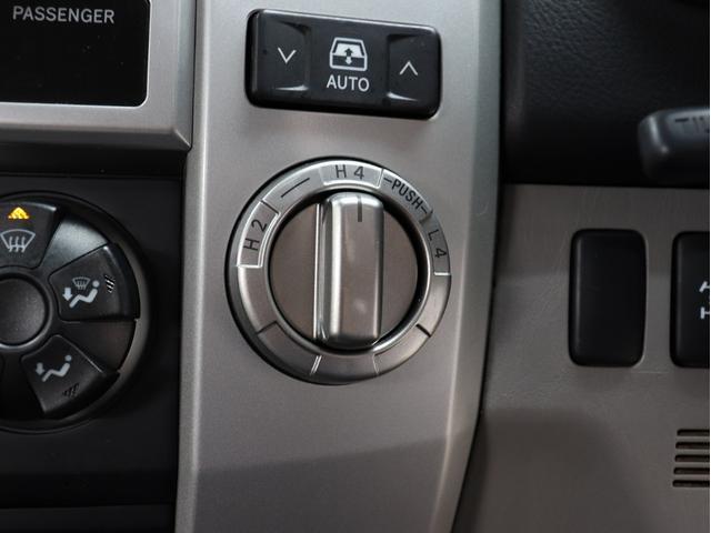 SSR-X サンルーフ 4WD BRERAオリジナルカスタム 新品ホワイトレターオールテレーンタイヤ 新品インナーブラックイカリングライト&LEDテール マットブラック塗り分けペイント HDDナビ ETC(28枚目)