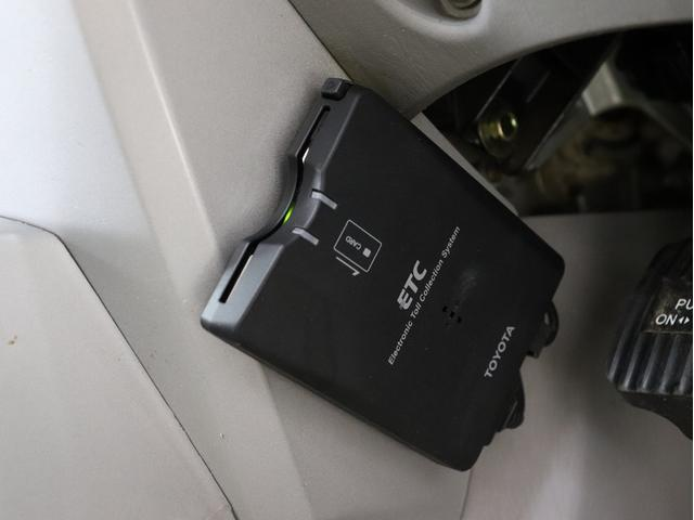 SSR-X サンルーフ 4WD BRERAオリジナルカスタム 新品ホワイトレターオールテレーンタイヤ 新品インナーブラックイカリングライト&LEDテール マットブラック塗り分けペイント HDDナビ ETC(32枚目)