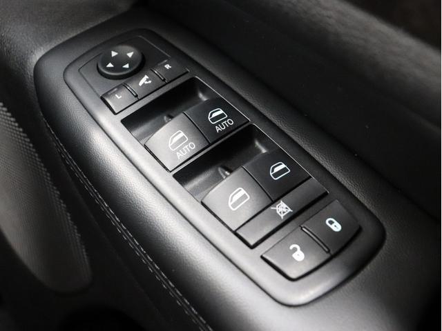 ラレード 4WD 新品モンスタオールテレーンマッドタイヤ フルセグTV SDナビ Bluetooth接続DVD再生可能 バックカメラ ETC HIDライト サイドステップ クルーズコントロール キーレス(34枚目)