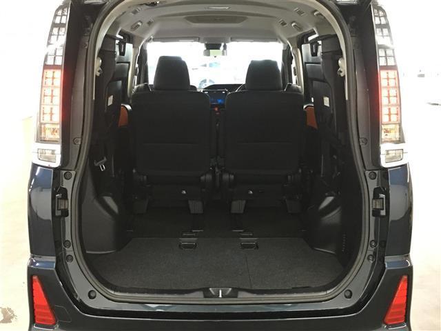 ハイブリッドZS トヨタセーフティセンス 衝突被害軽減ブレーキ 車線逸脱警報システム 車両接近通報装置 社外SDナビ フルセグTV バックカメラ 片側パワースライドドア LEDヘッドライト オートライト(17枚目)