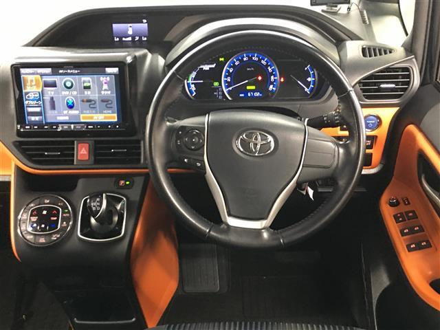 ハイブリッドZS トヨタセーフティセンス 衝突被害軽減ブレーキ 車線逸脱警報システム 車両接近通報装置 社外SDナビ フルセグTV バックカメラ 片側パワースライドドア LEDヘッドライト オートライト(18枚目)