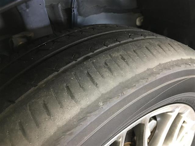 ハイブリッドZS トヨタセーフティセンス 衝突被害軽減ブレーキ 車線逸脱警報システム 車両接近通報装置 社外SDナビ フルセグTV バックカメラ 片側パワースライドドア LEDヘッドライト オートライト(27枚目)