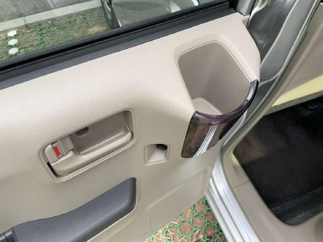 G 後期型 SDナビ バックカメラ CD SD USB ETC プライバシーガラス ヘッドライトレベライザー キーレス ステアリングリモコン マニュアルエアコン アームレスト リアワイパー エアバッグ(17枚目)