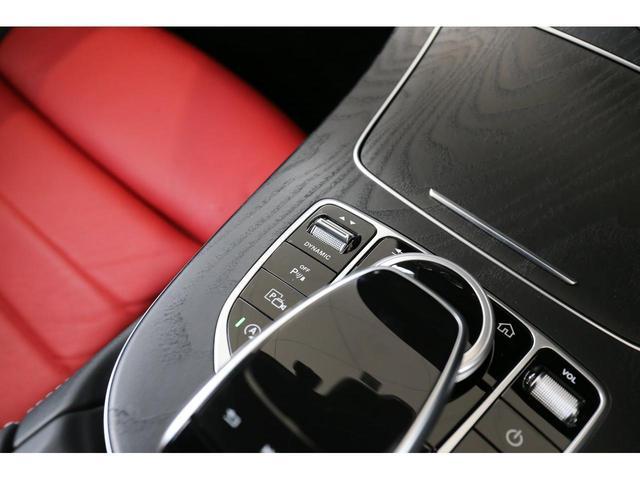 E200 カブリオレ スポーツ レザーパッケージ ワンオーナー 赤内装 純正ナビ フルセグTV 360°カメラ LEDヘッドライト ブルメスタサラウンドシステム 純正19インチアルミホイール ヘッドアップディスプレイ 禁煙車(26枚目)