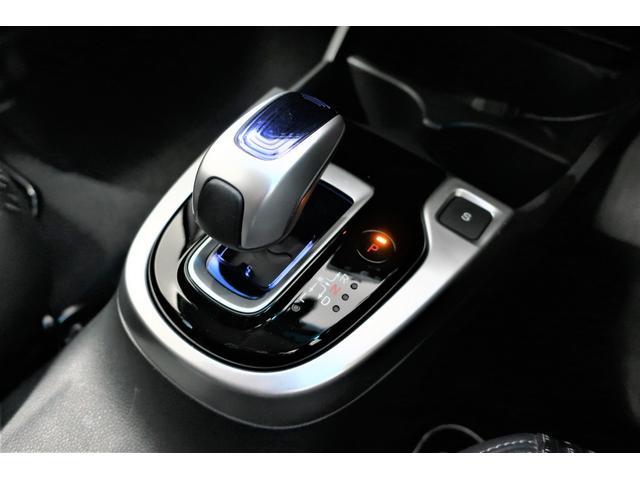 Lパッケージ 衝突軽減ブレーキ・LEDヘッドライト・ハーフレザーシート・スマートキー・純正メモリーナビ バックカメラ ワンセグTV Bluetooth ETC(11枚目)