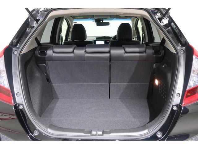 Lパッケージ 衝突軽減ブレーキ・LEDヘッドライト・ハーフレザーシート・スマートキー・純正メモリーナビ バックカメラ ワンセグTV Bluetooth ETC(19枚目)