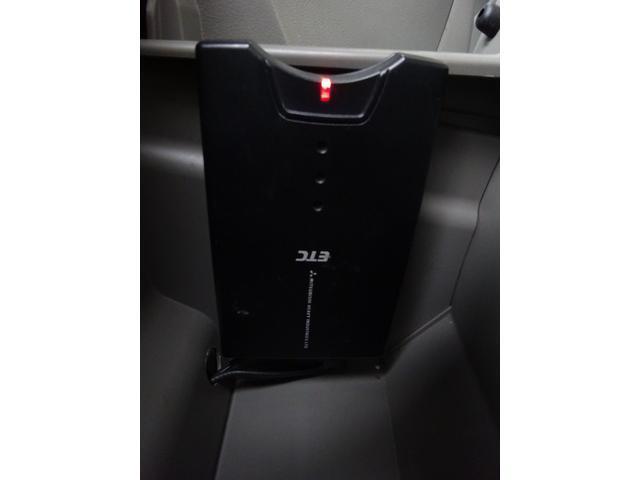 X 修復無 1オ-ナ- キーレス ETC CD AUX USB 電格ミラー 盗難防止機能 フルフラット 衝突安全ボディー Wエアバック ドアバイザー プライバシーガラス(29枚目)