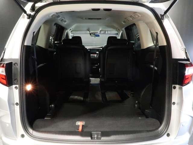 アブソルート・EX 認定中古車 衝突被害軽減ブレーキ Bluetooth対応ナビ バックカメラ ワンオーナー車 サイド&カーテンエアバッグ 両側電動スライドドア 3列シート LEDヘッドライト スマートキー 7人乗り(17枚目)