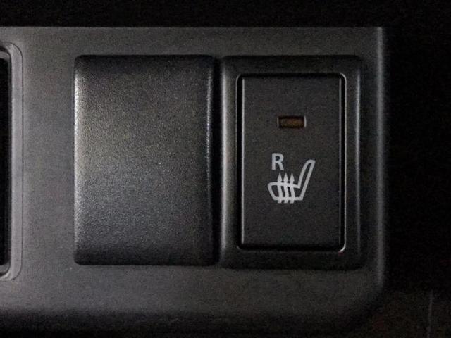 L EBD付ABS/横滑り防止装置/アイドリングストップ/エアバッグ 運転席/エアバッグ 助手席/パワーウインドウ/キーレスエントリー/シートヒーター 前席/パワーステアリング/マニュアルエアコン(11枚目)