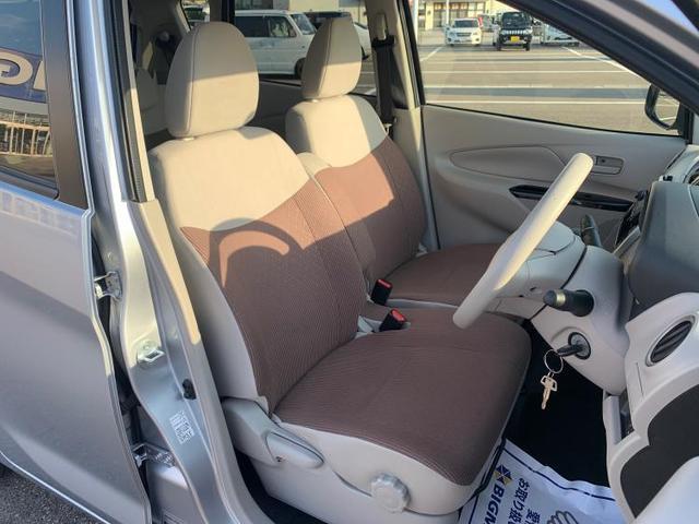 4WD M EBD付ABS/アイドリングストップ/エアバッグ 運転席/エアバッグ 助手席/パワーウインドウ/キーレスエントリー/オートエアコン/シートヒーター 前席/パワーステアリング/4WD 禁煙車(5枚目)