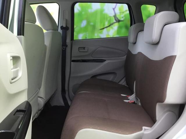 4WD M EBD付ABS/横滑り防止装置/アイドリングストップ/エアバッグ 運転席/エアバッグ 助手席/パワーウインドウ/キーレスエントリー/オートエアコン/シートヒーター 前席/パワーステアリング/禁煙車(7枚目)