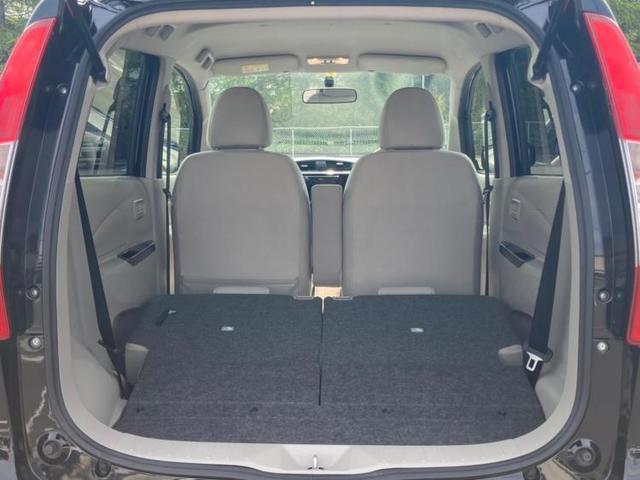 4WD M EBD付ABS/アイドリングストップ/エアバッグ 運転席/エアバッグ 助手席/パワーウインドウ/キーレスエントリー/オートエアコン/シートヒーター 前席/パワーステアリング/4WD(8枚目)