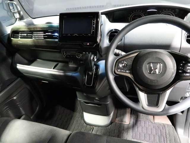 G・Lホンダセンシング 2年保証付 衝突被害軽減ブレーキ サイド&カーテンエアバッグ メモリーナビ Bカメラ フルセグTV クルーズコントロール LEDヘッドライト オートライト 純正アルミ ワンオーナー車(7枚目)