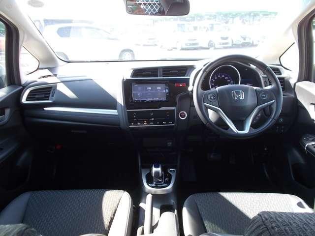 Lパッケージ 認定中古車 ドライブレコーダー メモリーナビ Bカメラ フルセグTV 衝突被害軽減ブレーキ サイド&カーテンエアバッグ ETC LEDヘッドライト ワンオーナー車(7枚目)