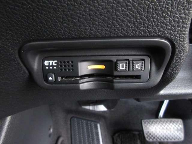ハイブリッドX・ホンダセンシング 2年保証付 衝突被害軽減ブレーキ サイド&カーテンエアバッグ メモリーナビ フルセグTV バックカメラ 純正アルミホイール スマートキー ETC LEDヘッドライト オートライト(13枚目)