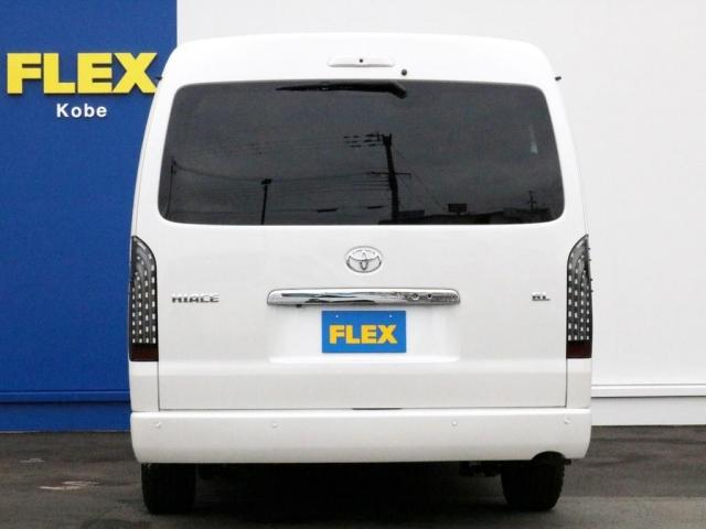 GL ロング 未登録新車 FLEXシートアレンジVer2 6型ホワイトパール エアロフロントリップ テールランプ テーブル 床張り施工 ETC フルフラット 車中泊ベッドキット ベンチシートパワースライド カスタム(8枚目)