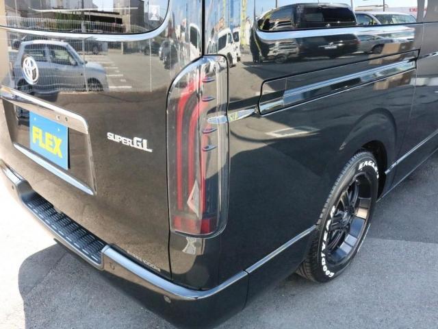 スーパーGL ダークプライムII 未登録新車6型ハイエースバン2WD スーパーGLダークプライム2特別仕様車 カスタムパッケージ ブラック黒 レジャーキャンプアウトドア車中泊ベッドキット 積載 SDフルセグナビ パノラミックビュー(8枚目)