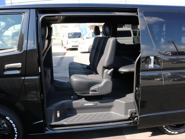 スーパーGL ダークプライムII 未登録新車6型ハイエースバン2WD スーパーGLダークプライム2特別仕様車 カスタムパッケージ ブラック黒 レジャーキャンプアウトドア車中泊ベッドキット 積載 SDフルセグナビ パノラミックビュー(71枚目)