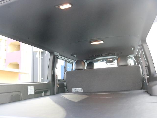 スーパーGL ダークプライムII カスタムPKG アーバングランデアルミ ホワイトレター ローダウン SDフルセグナビ ETC パノラミックビュー クリアランスソナー デジタルインナーミラー ベッドキット車中泊キャンプフルフラット(63枚目)