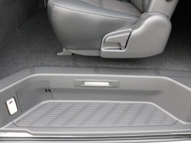 スーパーGL ダークプライムIIワイド ロングボディ FLEXカスタムPKG 両側パワースライドドア フロントリップスポイラー Delf03 17インチホイール ホワイトレタータイヤ ローダウン ベッドキットフラットタイプ車中泊対応 SDフルセグ ETC(58枚目)