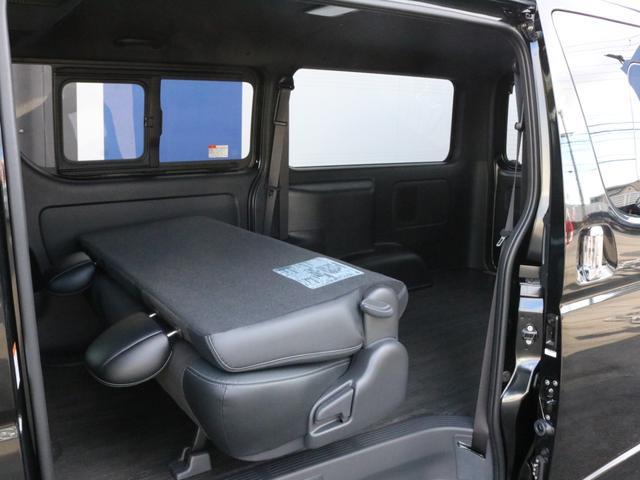 スーパーGL ダークプライムII 未登録新車ハイエースバンカスタム ダークプライムII特別仕様車 床張りフローリング施工 6型新メーカーオプション完備 フレックスエアロ アルティメットLEDテールランプ DELF04アルミ ベース車両(57枚目)