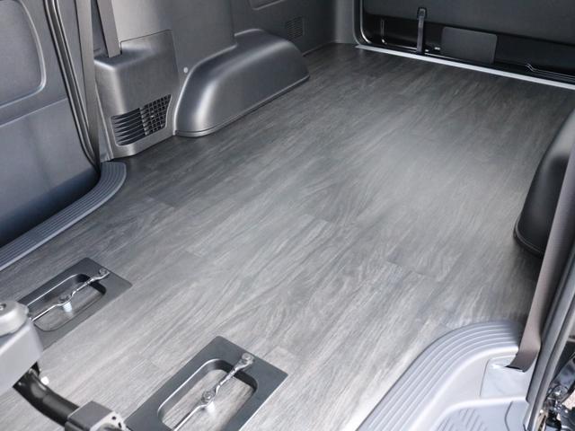 スーパーGL ダークプライムII 未登録新車ハイエースバンカスタム ダークプライムII特別仕様車 床張りフローリング施工 6型新メーカーオプション完備 フレックスエアロ アルティメットLEDテールランプ DELF04アルミ ベース車両(63枚目)