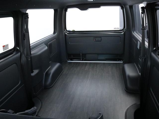 スーパーGL ダークプライムII 未登録新車ハイエースバンカスタム ダークプライムII特別仕様車 床張りフローリング施工 6型新メーカーオプション完備 フレックスエアロ アルティメットLEDテールランプ DELF04アルミ ベース車両(65枚目)