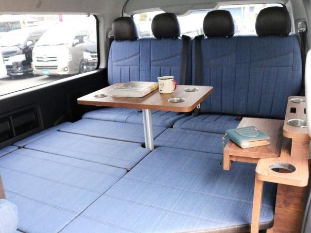 GL ロング FLEXシートアレンジVer1.5デニムカスタム フルフラットベッドキット車中泊対応 テーブルモード 3列目シート跳ね上げ収納可能 床張りフローリング施工 デニム&ウッド調 全席デニムシートカバー(2枚目)