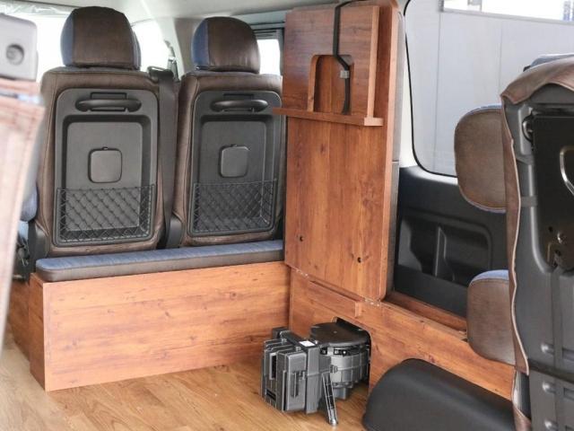 GL ロング FLEXシートアレンジVer1.5デニムカスタム フルフラットベッドキット車中泊対応 テーブルモード 3列目シート跳ね上げ収納可能 床張りフローリング施工 デニム&ウッド調 全席デニムシートカバー(11枚目)