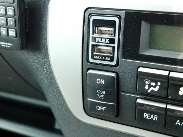GL 特設イエロー FLEXシートアレンジVer1カスタム 車中泊対応 テーブル設置可能 クルーズコントロール DEANクロスカントリー16インチ H20ホワイトレタータイヤ クロスライドサイドバー USB(18枚目)