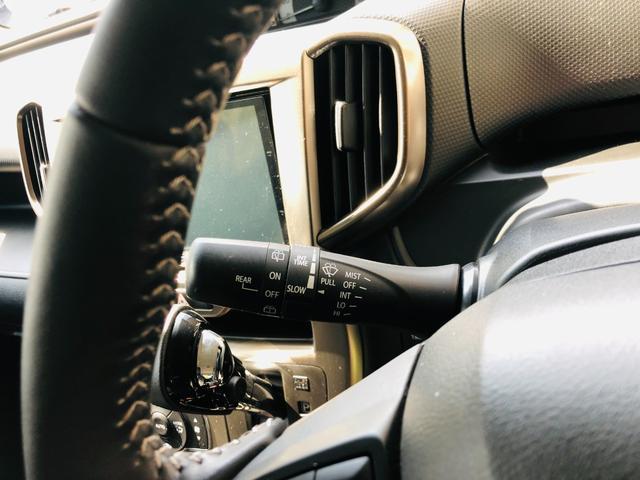 Fリミテッド 社外ナビ・フルセグテレビ・LEDライト・オートライト・両側パワースライドドア・キーレス・プッシュスタート・デュアルカメラブレーキサポート・アイドリングストップ・プライバシーガラス・革巻きステアリング(10枚目)