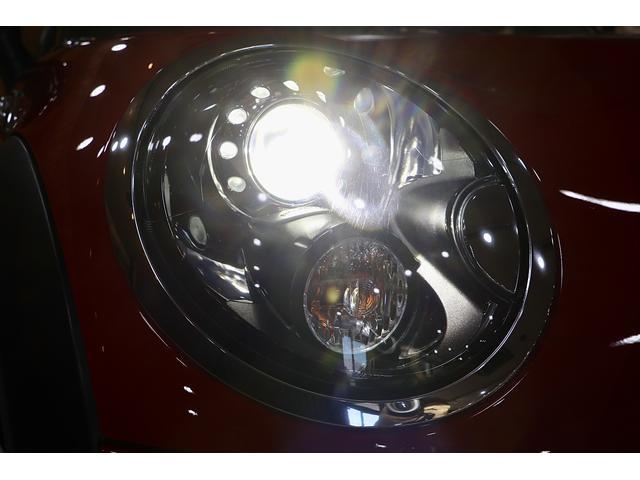 クーパーS 1.1万km ナビ 地デジ ブラックリフレクターHIDライト 点検整備記録簿 ETC パドルシフト 16インチアロイホイール スポーツストライプ(外し可能) S専用スポーツシート(24枚目)