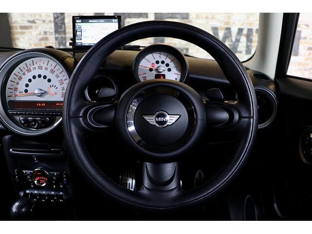 クーパーS 1.1万km ナビ 地デジ ブラックリフレクターHIDライト 点検整備記録簿 ETC パドルシフト 16インチアロイホイール スポーツストライプ(外し可能) S専用スポーツシート(42枚目)