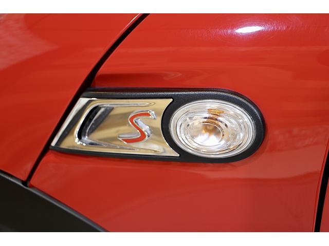 クーパーS 1.1万km ナビ 地デジ ブラックリフレクターHIDライト 点検整備記録簿 ETC パドルシフト 16インチアロイホイール スポーツストライプ(外し可能) S専用スポーツシート(51枚目)